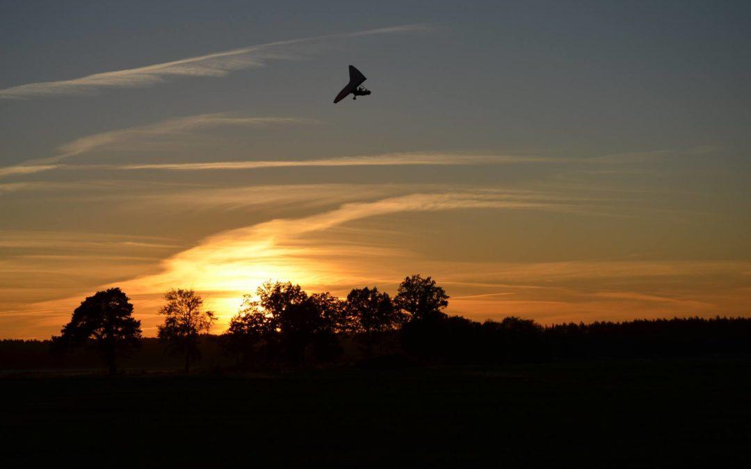 Odlot na zachód słońca